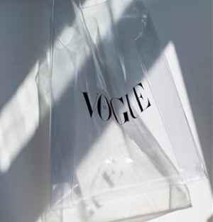 Plastic Bag VOGUE - dárek k předplatnému časopisu VOGUE