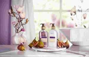 Předplatné 12 měsíců s dárkem roční předpl.+kosmetický balíček Essence&CO - dárek k předplatnému časopisu Glanc