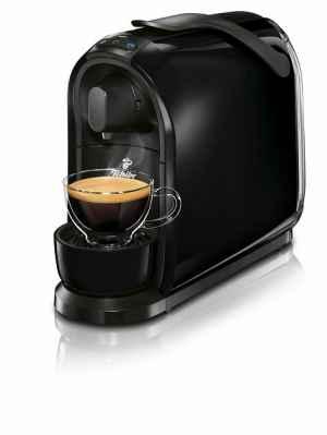 Předplatné 12 měsíců s dárkem roční předplatné + kávovar Cafissimo Pure (černý) - dárek k předplatnému časopisu National Geographic